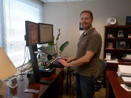 the key to standing desks easy does it mnn mother nature network