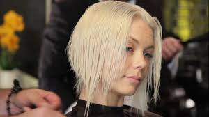 difference between a layerwd bob and a shag razor hair cuts abstract a line bob and long layer shag youtube