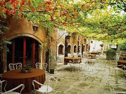 italian hotel from only you dining alfresco venice italy 300x225