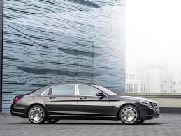 Worlds Most Comfortable Car The Mercedes Maybach Makes La Debut Autos Hindustan Times