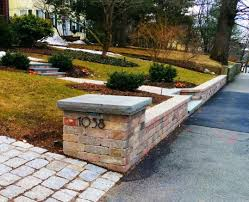 segmental concrete block retaining wall pillars and steps with