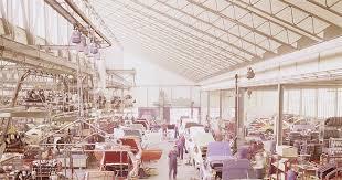 porsche 911 factory the assembly line of porsche 911 s at the stuttgart factory ca