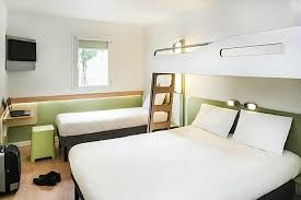 chambre familiale picture of ibis budget nantes nord