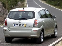 toyota avensis verso toyota corolla verso specs 2004 2005 2006 2007 autoevolution