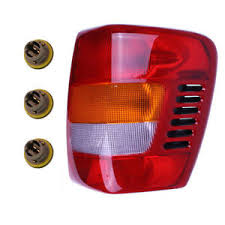 2004 jeep grand cherokee tail light assembly new right tail light assembly with sockets bulbs fit 99 04 jeep