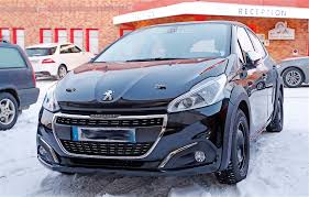 peugeot cat peugeot 208 1 6 e hdi frugal and funky in one small package