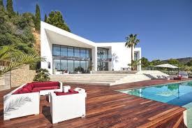 design villa indulging in contemporary villa design adorable home