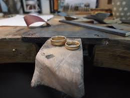 verlobungsring selbst gestalten runde ringe trauringe selber schmieden in münchen