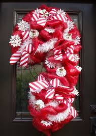 Decorating Christmas Wreaths With Mesh by 28 Best Mesh Christmas Wreaths Images On Pinterest Deco Mesh