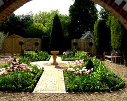 pictures of small garden designs best cottage design ideas on