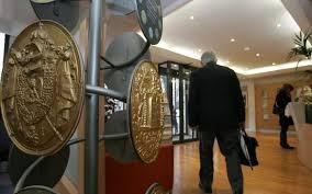 chambre des notaires 71 notaires et huissiers l etat veut faire baisser leurs tarifs