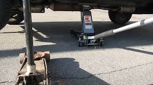 Craftsman 1 5 Ton Floor Jack by Harbor Freight 4 Ton Floor Jack Review Youtube
