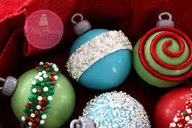 ornament cupcakes happy holidays