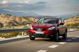 nissan qashqai vs peugeot 3008 revised nissan qashqai first drives auto express