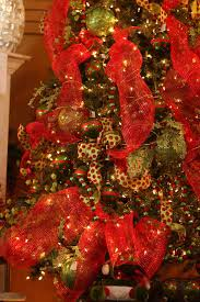 beautiful red green decorated christmas tree with red green
