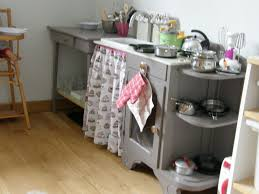 fabriquer une cuisine en bois pour enfant fabriquer cuisine enfant free cuisine en pour enfants with