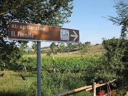 il fienile montepulciano formella in maiolica all ingresso picture of farmhouse il