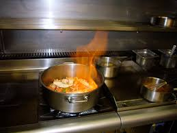 feu de cuisine délicieux cours de cuisine autour du homard à l hôtel des ormes