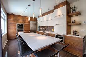idée relooking cuisine comptoir de cuisine quartz blanc