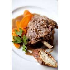 comment cuisiner un lievre recette du civet de lièvre traditionnel au vin