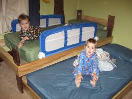 Bunk Bed Trundle Bed Leading Them To The Rock Trundle Beds Into Bunk Beds