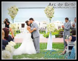 wedding arches square modern glass wedding arch rental by arc de 855 332 3553