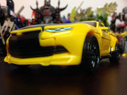 tlk deluxe bumblebee aoe tfw2005 the 2005 boards