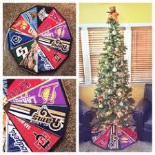themed tree skirts so i m definitely doing a superman themed christmas tree