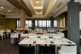 88 rooms lobby bar u0026 rooftop restaurant