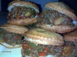 cuisine tunisienne fricassé fricassées au hmiss et viande hachée le sucré salé d oum souhaib