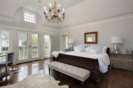 Bedroom Chandelier Lighting 20 Beautiful Master Bedrooms With Chandelier Lighting