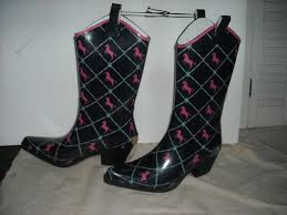 womens pink cowboy boots size 9 87 best sandals heels slippers boots retreat images on
