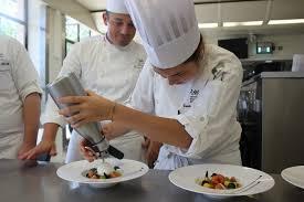 cours de cuisine lyon bocuse l institut paul bocuse monte en puissance