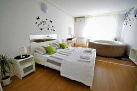 Schlafzimmer Zelo Apartment Zagreb Jacuzzi Kroatien Zagreb Booking Com