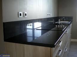 hauteur prise cuisine plan de travail plan de travail noir absolu poli granitset