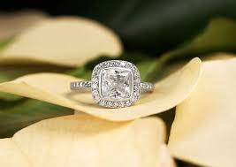Antique Wedding Rings by 62 Diamond Engagement Rings Under 5 000 Glamour