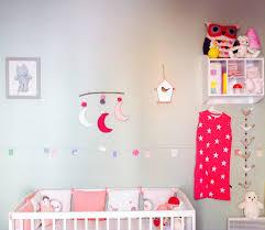 coin bébé dans chambre parentale coin bébé dans chambre parents nursery multicolore chambre