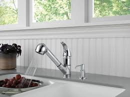 Peerless Pull Down Kitchen Faucet by Peerless P18550lf Sd Choice Single Handle Kitchen Pull Out Faucet