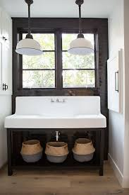 Pendant Lights In Bathroom by Best 25 Farmhouse Pendant Lighting Ideas On Pinterest Kitchen