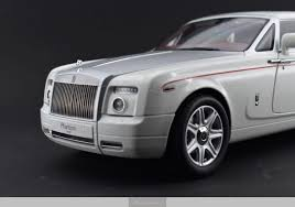 roll royce phantom 2016 white rolls royce phantom drophead coupe english white automania
