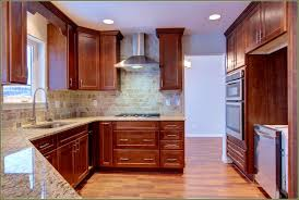 Kitchen Cabinets Without Crown Molding Cabinet Ideas Faedba Amys - Kitchen cabinet crown molding ideas