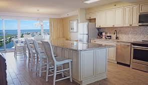 ocean city md condos u0026 vacation rentals carousel oceanfront resort