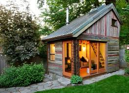 tiny house show get a great review top tips for housesitters a life more complete