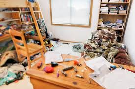 Home Decor For Bachelors by How To Turn A Messy Bachelor Pad Into An Organized Sanctuary