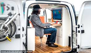 bureau mobile nissan e nv200 workspac e le bureau mobile électrique