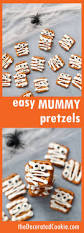 Kid Halloween Snacks Best 25 Easy Halloween Treats Ideas On Pinterest Easy Halloween