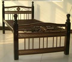 Single Metal Bed Frame Sale Put Together An Antique Metal Beds Frame Classic Creeps