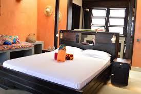 chambre prive la maison bleue chambre 1 chambre privé suites à louer à lomé