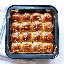 fluffy thanksgiving dinner rolls vienna