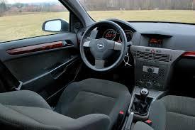 opel astra 2004 interior ojetý hatchback opel astra h 2004 2010 věci automobilové